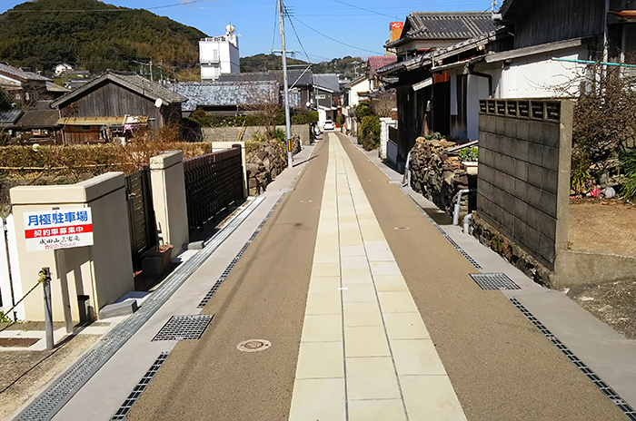 制作例:職人町道路美装化工事