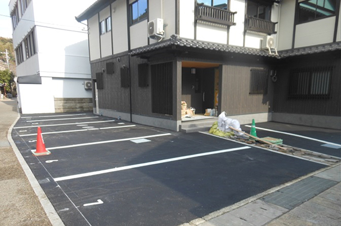 制作例:個人様宅駐車場舗装工事